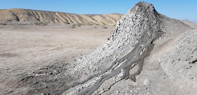 براكين الطين